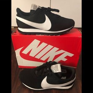 Nike Pre-love OX black/white sneakers 9